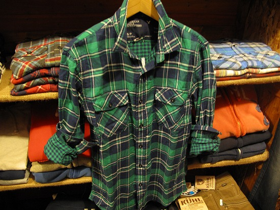 アメリカンイーグル ネルシャツ